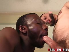 Black and white cock sucking plus bareback doggystyle